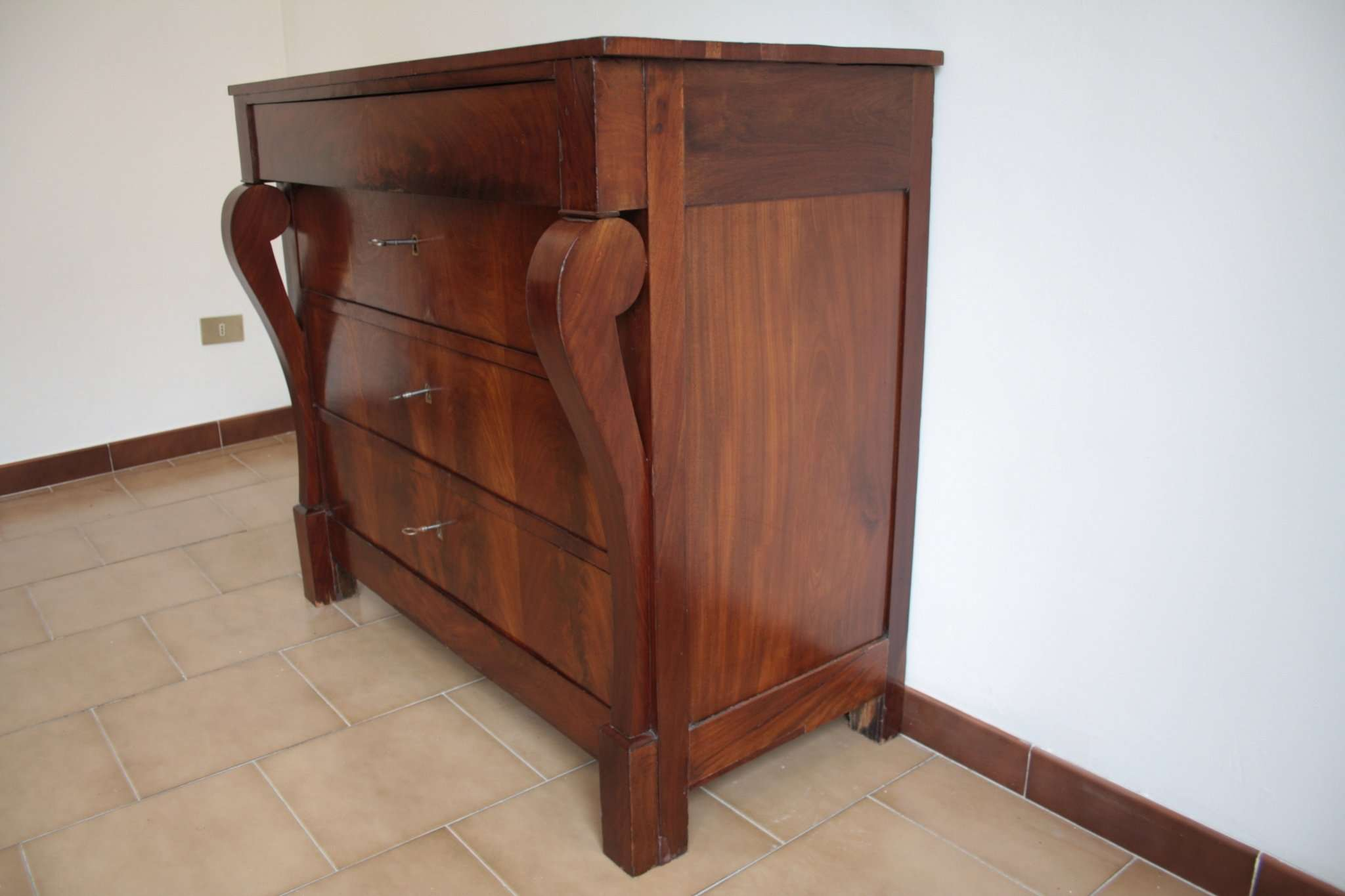Dresser im Stil des Second Empire, Anfang des zwanzigsten Jahrhunderts, Norditalien