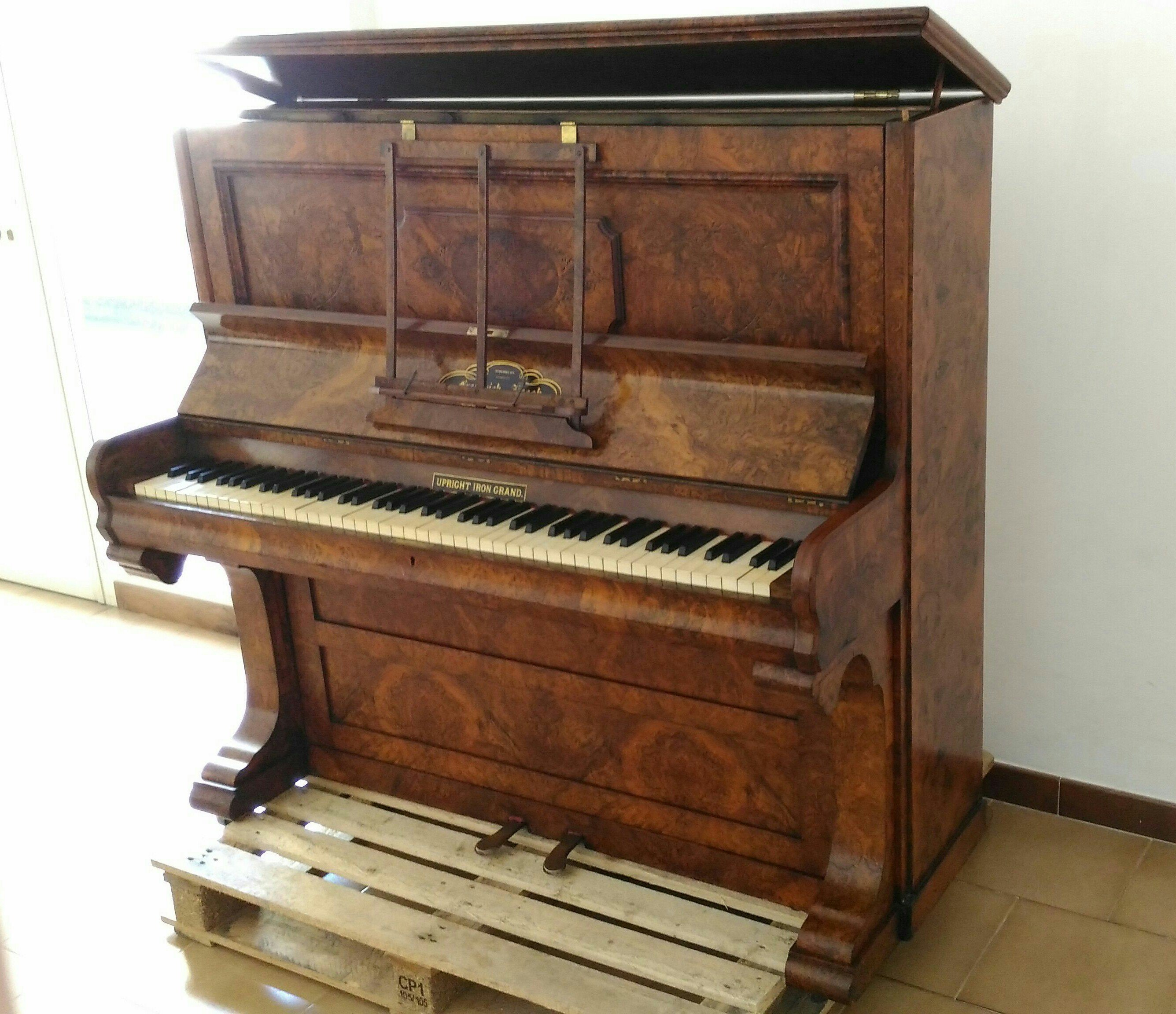 Upright Piano Frederick Reogh, 1870, London